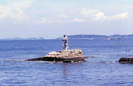 大師上陸の像