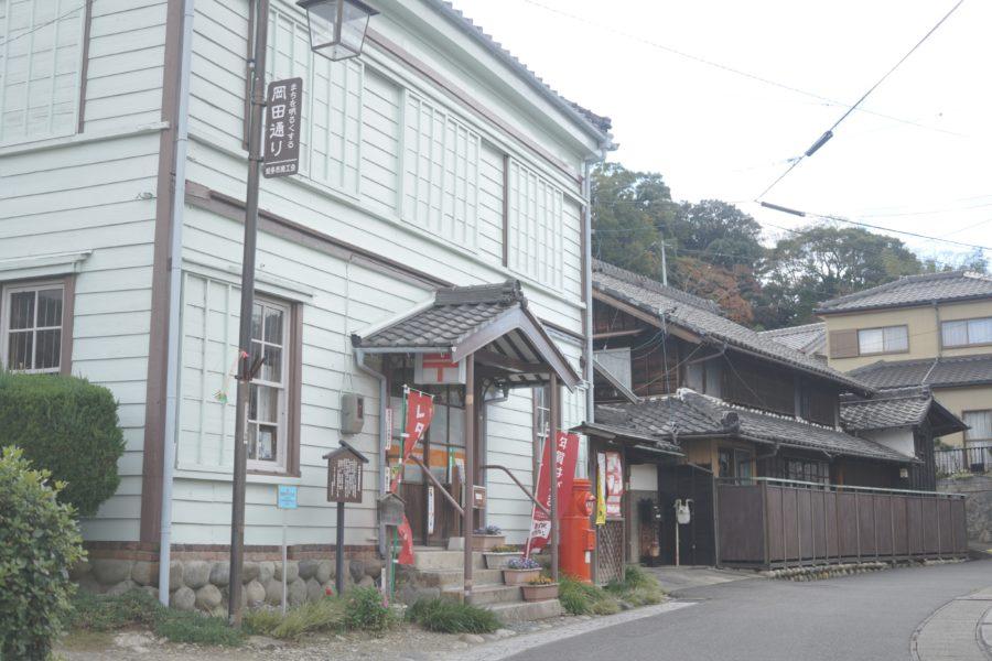 岡田の街並
